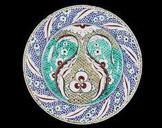 A Cantagalli Iznik style pottery Dish Italy, 19th Century