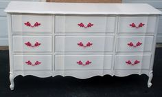 Custom Vintage White Shabby French Provincial Dresser with Hot Pink Knobs (SOLD Can Make Similar for You) Etsy Furniture, Vintage Bedroom Furniture, Vintage Dressers, Bedroom Dressers, Furniture Hardware, Furniture Design, Painted Furniture, Furniture Ideas, Refinished Furniture