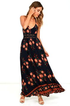Have you heard the buzz? Lulus is best known for our huge selection of cute dresses under $100. From everyday casual to prom.