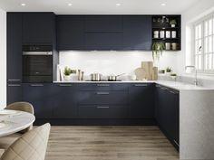 Navy Kitchen Cabinets, Kitchen Cabinet Colors, Kitchen Doors, Kitchen Slab, Minimalist Kitchen Cabinets, Minimalistic Kitchen, Howdens Kitchens, Handleless Kitchen, New Kitchen Interior