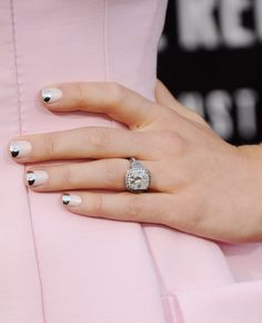 Two-Tone Tips: Jessica Biel has become a new star of nail art, and this pink look with a metallic tip turned the whole moon manicure on its head. Not only was this look gorgeous and understated, but it's easy to re-create by using halved reinforcement stickers as guides.