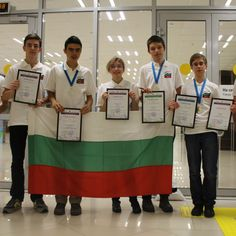 Медалите от Международната олимпиада по астрономия са наши