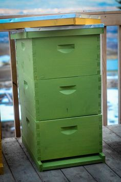 Beekeeping 101: Getting The Right Equipment Package Bees, Hives And Honey, Honey Bees, Beekeeping For Beginners, Beekeeping Equipment, Raising Bees, Bee Boxes, Backyard Beekeeping, Small Farm