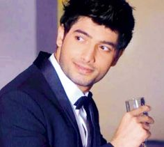 Of all the Indian TV serial actors, Sharad Malhotra, the lead male protagonist of 'Bharat ka Veer Putra- Maharana Pratap' is one of the most sought after, and also the most preferred by the audiences, not only for his acting but also for his personality in his personal life. His personal life is of as much interest as his TV appearances for most people.Read more about him here