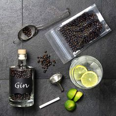 The Home Gin Making Kit with Gin Balloon Glasses allow you to turn premium vodka into the finest homemade gin! With everything you need to make and serve. Gin Balloon Glasses, Gin Making Kit, Premium Vodka, Balloons, Alcohol, Cocktails, Xmas, Homemade, Wine