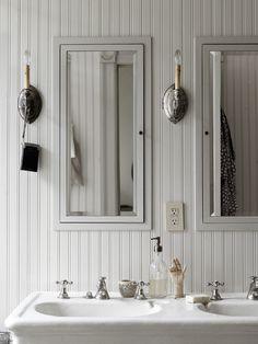 decordemon: A brownstone between Scandinavian style and New York spirit Laundry In Bathroom, Basement Bathroom, Bathroom Interior, Modern Bathroom, Small Bathroom, Bathroom Canvas, Chic Bathrooms, Washroom, Bathroom Vanities