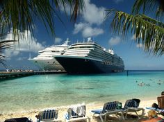 Cruise ships at Grand Turk Island