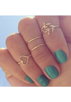 I love the gold leaf knuckle ring -- so pretty.