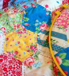 To Hand Quilt or Not to Hand Quilt, That is the Question -- handquilting