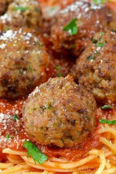 These are the BEST Italian Meatballs! My Italian grandmother's recipe, the word perfect doesn't even begin to cover it. #BeefFoodRecipes