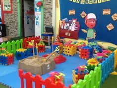 1000 images about handy manny party ideas on pinterest for Handy manny decorations
