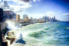 El Malecón, #ViajefotograficoCuba con tutor  del 12 al 19 Marzo. http://ayalgaviajes.com/viaje-fotografico-a-la-habana/