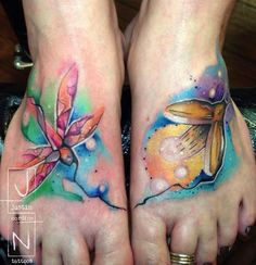 These two tattoos compliment each other wonderfully. Tattoo by Justin Nordine #InkedMagazine #feet #tattoos #tattoo #Inked #ink #art #floral #flowers