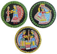 Three Round Table Coasters with Madhubani Painting (Wood) Kids Canvas Art, Simple Canvas Paintings, Madhubani Art, Madhubani Painting, Fabric Painting, Diy Painting, Coaster Art, Folk Print, Indian Folk Art