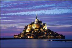 Puesta de sol en el Mont Sant Michele, Normandía, Francia... Algún Día! :D