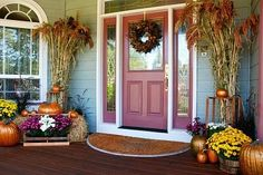 Outdoor Fall Porch Decorations | Fall , Autumn, Thanksgiving outdoor decorating, ... | fall/ Thanksg...