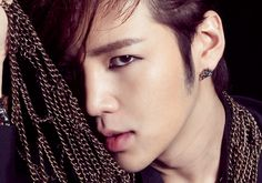 11 Korean men who look better in eyeliner than you - Jang Keun Suk