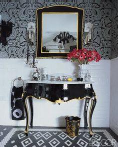 We love Elle Decor and Elle Decor loves designer Anna Sui. Anna Sui, Home Design, Lacquer Furniture, Black Furniture, Antique Furniture, Ideas Prácticas, Celebrity Houses, Interior Design Inspiration, Sink Inspiration