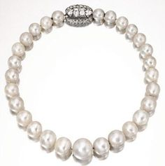 Natural Pearl necklace belonging to the Duchess of Windsor ~ Cartier