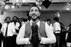 Calma  Tensión (resumido en una sola foto ;-) ) . Luciana  Pablo . . . #ChristianHolzFotografo . . . #Boda #PreBoda #Novia #Sesion #Eventos #FotografoDeBodas #Casamiento #Matrimonio #Casorio #Fotografo #Vestido #CasamientosEnArgentina  #Bride #WeddingPhotographer #Wedding #PreWedding #Session #GettingReady #Love #Portrait  #Casamento #Noiva #Noivo #BuenosAires #Caba #Capital  #WPJAR #FearlessPhotographer #IgersBsAs