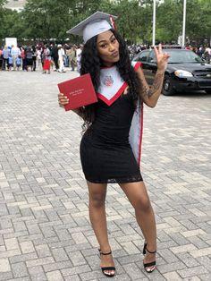 Graduation Photoshoot, Graduation Day, Graduation Dresses, Grad Pics, Graduation Pictures, Senior Pictures, Graduation Photography, Black Is Beautiful, Gorgeous Women
