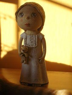 Wau.... Ooak Dolls, Holiday Ideas, Gardens, Teddy Bear, Ceramics, Animals, Giraffes, Handmade Pottery, Cold