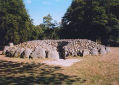 Balnuaran Of Clava, North-East | chambered cairn, stone circle and rock art in Croy and Dalcross, Inverness-shire Scotland