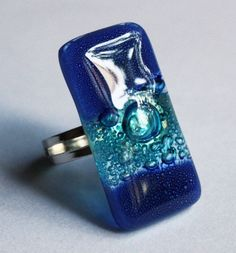 Blue fused glass ring - Adjustable size