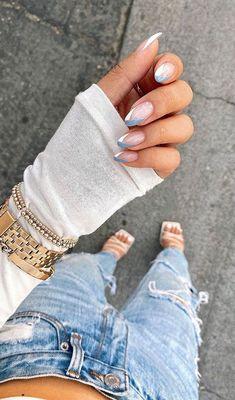 Nagellack Design, Nagellack Trends, Minimalist Nails, Chic Nails, Stylish Nails, Classy Nails, Classy Almond Nails, Short Almond Nails, White Almond Nails