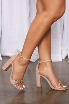 Chain Reaction, Lingerie Accessories, Review Fashion, Fashion Heels, Active Wear For Women, Shoes Heels, Nude Shoes, Women Lingerie, Block Heels