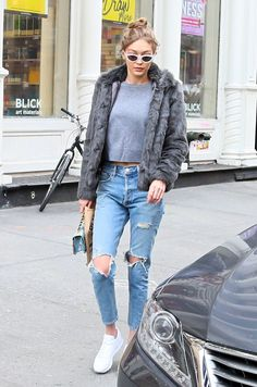 Top| Tee| Grey| Gray| Muscle| Tank| High neck| Crewneck| Crop| Belly| Jeans| Ripped| Distressed| Coat| Fur| Dark| Long sleeve| Bag| Purse| Handbag| Blue| Floral| Multicolored| Shoes| Flats| Sneakers| Converse| Vans| Close toed| Fall| Autumn| Winter| P868