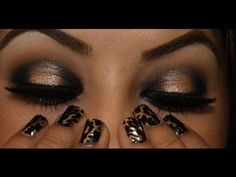 Inspiration for NYC Show Time glitter pencil in black - glittery black on lids + antique gold shadow