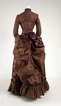Wedding Dress 1884, American, Made of silk ~ don't think I'd want a brown wedding dress, but I like the bustle and pleated hemline