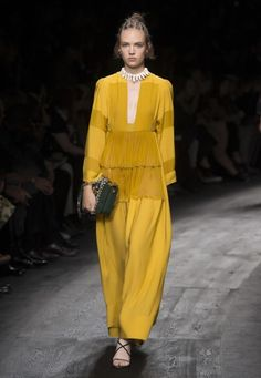 Valentino Spring Summer 2016 Women Collection @Maysociety