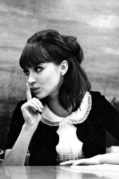 """ahoradote: """" Alphaville, 1965, dir. Jean-Luc Godard Anna Karina """""""