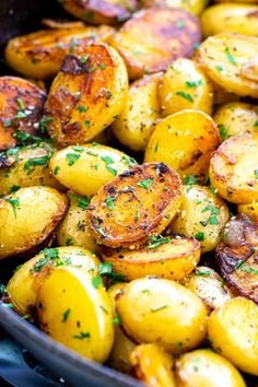 Easy skillet potatoes seasoned with herbs and garlic for a delicious one-pan side dish. Creamy Yukon Gold potatoes are used for better texture and flavor. Honey Gold Potatoes Recipe, Gold Potato Recipes, Potato Sides, Potato Side Dishes, Skillet Potatoes, Yukon Gold Potatoes, Side Dish Recipes, Recipes Dinner, Kraut