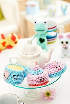 Ravelry: Cat, Duck, Frog, Donut, Cupcake and Teacup pattern by Lynne Rowe
