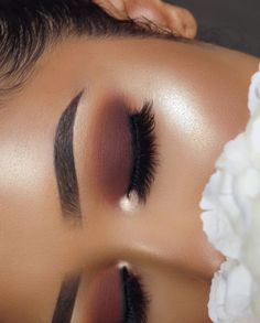 """1,798 Likes, 69 Comments - ANALESE REDMAN (@annybeeutee) on Instagram: """"_______________________________________ EYES:  @colourpopcosmetics Yes Please Pressed Powder…"""""""