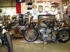Chopper Bobber Cafe Racer Brst Style Harley Davidson Bsa Triumph Vintage Garage #harleydavidsonchoppersvintage #harleydavidsonbobbervintage #harleydavidsonbobberscaferacers