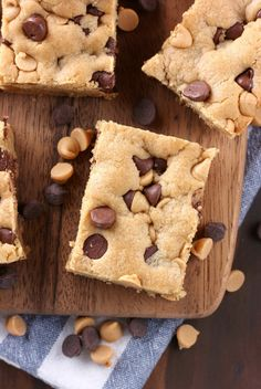 Thick, chewy and loaded with chocolate and peanut butter, these One Bowl Chocolate Chip Peanut Butter Bars are super easy to make and completely irresistible!