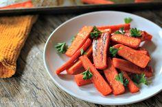 Honey Roasted Carrots {Paleo} | Clean Eating
