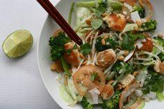 Lauwwarme Pad Thai salade met kip