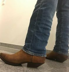 Cowboy Western, Western Boots, Cowboy Hats, Custom Cowboy Boots, Cowboy Outfits, Men's Footwear, Men's Apparel, Country Boys, Tall Boots