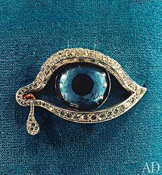 Turquoise - Salvador Dalí's Eye of Time brooch.