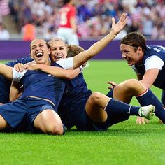 USWNT inspires me so much to work hard at everything and never quit and do my best. It would be a dream if one day I got to talk to Alex Morgan , Hope Solo, Abby WAmbach, Heather Mitts, Carli Lloyd , or any other player !