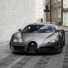 Bugatti Veyron #Bugatti
