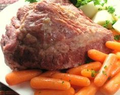How to Cook Corned Beef Brisket > Start Cooking Cooking Corned Beef Brisket, Crock Pot Corned Beef, Corned Beef Recipes, Beef Rib Steak, Beef Ribs, Corned Beef Point Cut Recipe, Recipes Using Venison, Pickling Spices, Cook Meat
