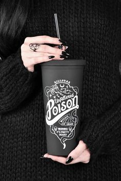 Poison Cold Brew Cup Pour yer fav drinks to take on-the-go [ice coffees, herbal brews, vodka whatevs.] in our fun statement cold-brew cup, holds a large drink perfectly. Casa Rock, Goth Home Decor, Gypsy Decor, Gothic House, Tumbler Cups, Sippy Cups, Cold Brew, Things To Buy, Wicca