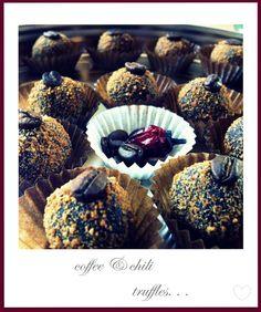 chili&coffee...perfect couple Chili, Perfect Couple, Cupcake, Muffin, Coffee, Breakfast, Food, Kaffee, Morning Coffee