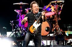 Bruce-Springsteen-and-E-Street-Band-2012-European-Tour-Dates